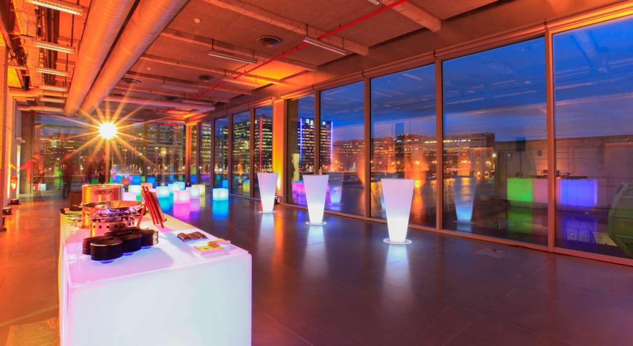 Cocktail Coeva Dr Les Docks Cité De La Mode Et Du Design